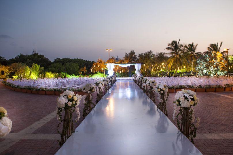 Montaje exterior de bodas