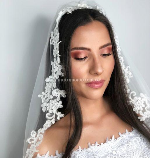 Andrea Orjuela Makeup
