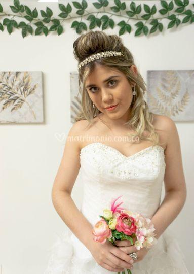 Vest. Emilia Gasas y flores