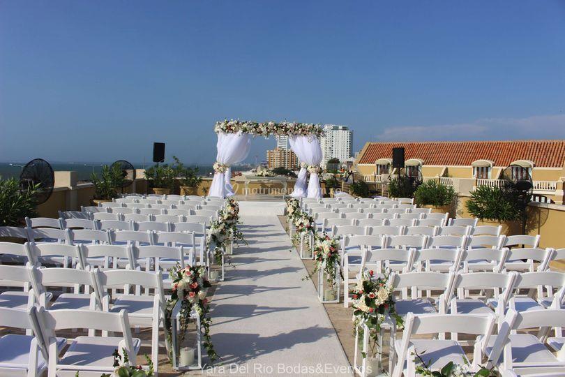 Montaje boda al aire libre.