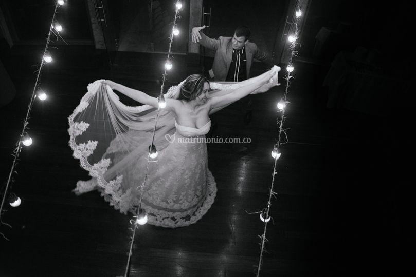 Novios y su baile