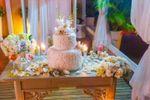 Mesa de torta y dulces