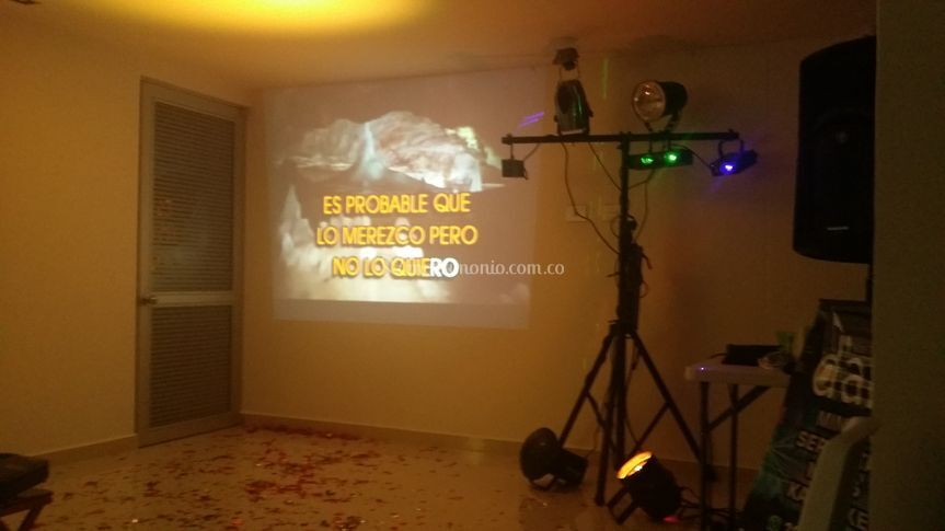 Karaoke + minitek