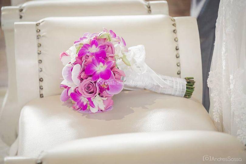 Bouquet novia lila con blanco