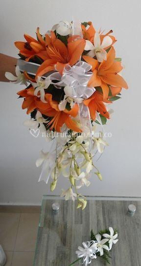 Bouquet lirios y dendrobios