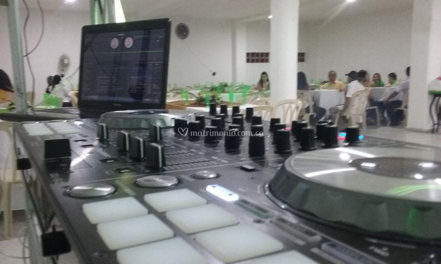 Equipos para DJ