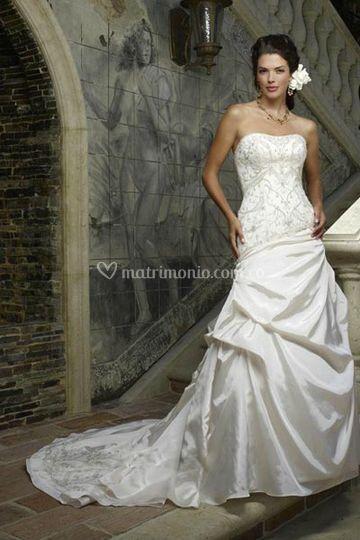 Vestido strapless bordado