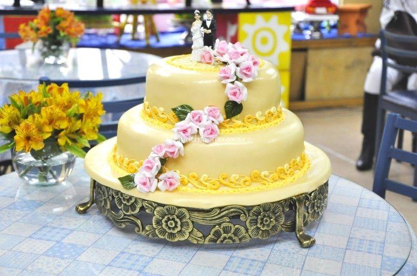 Pastel de matrimonio