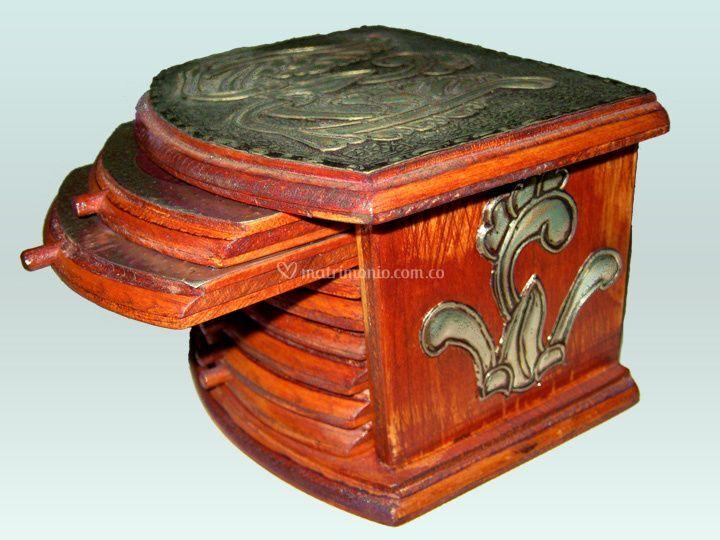 Portavasos de madera