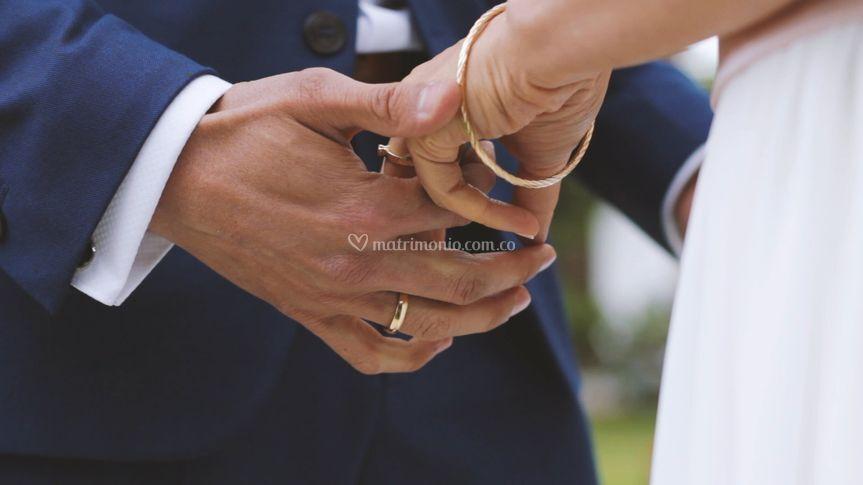 Amor entre manos