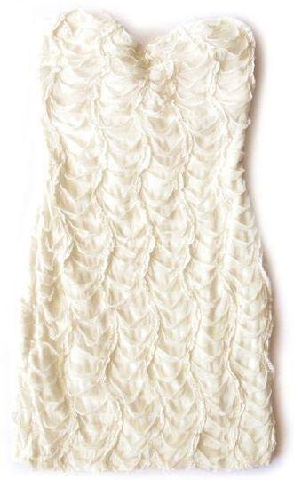 Hermoso vestido de coctel blanco