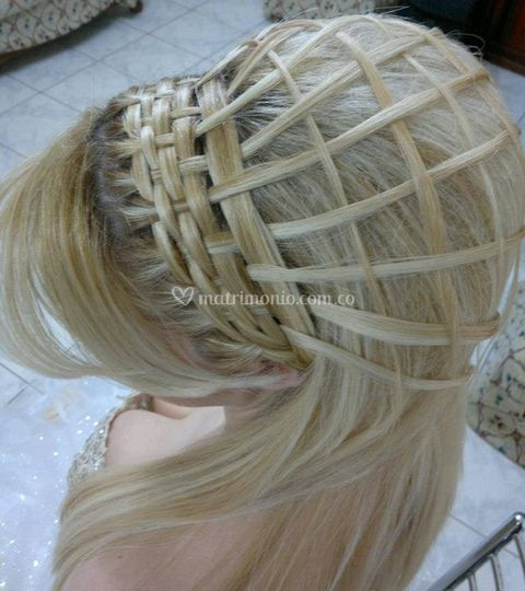 Elaborados peinados