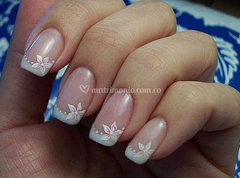 Elegancia en tus uñas