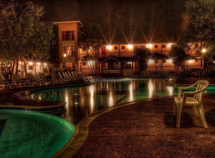 Iluminación de la piscina