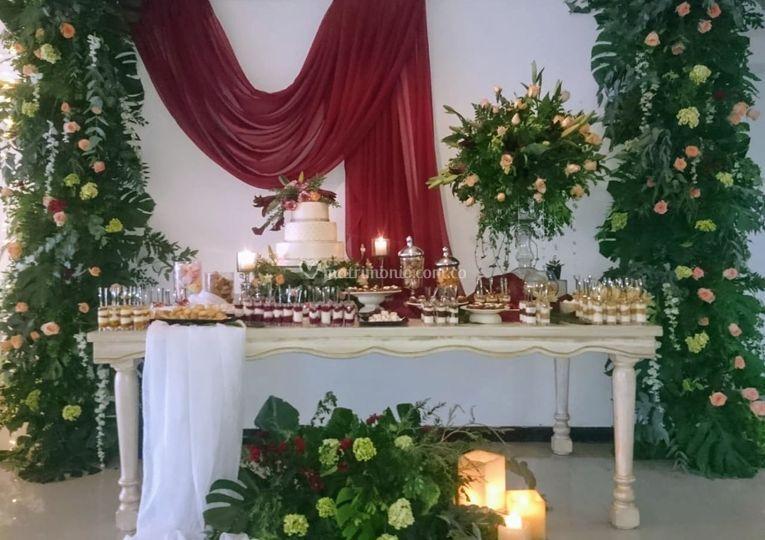 Mesa de postre y dulces