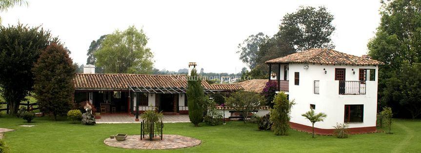Hacienda en Rosales
