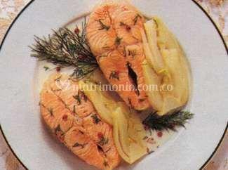 Salmón con salsa limoncello