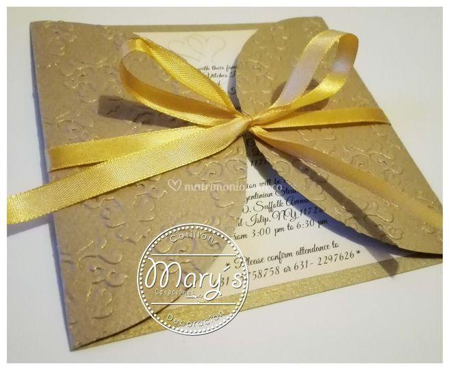 Invitación dorada