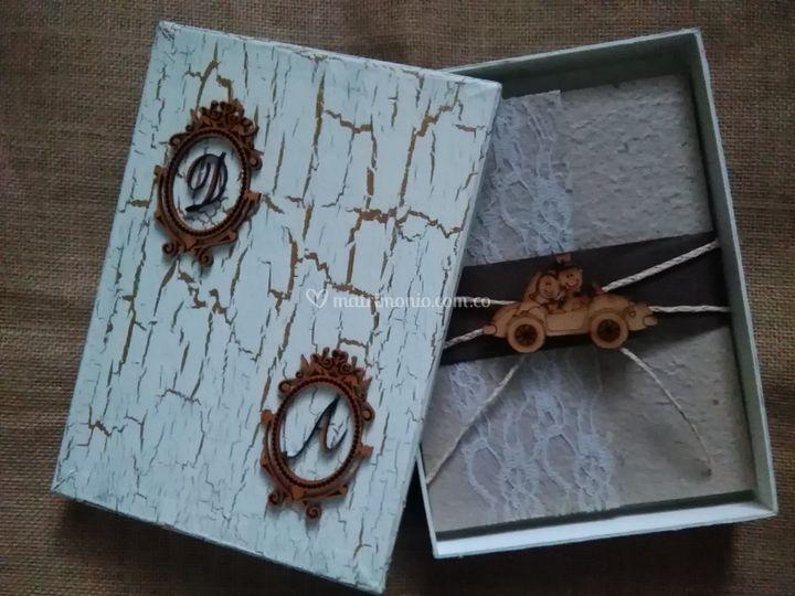 Invitacion caja Vintage