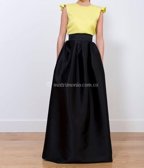 Falda larga y blusa