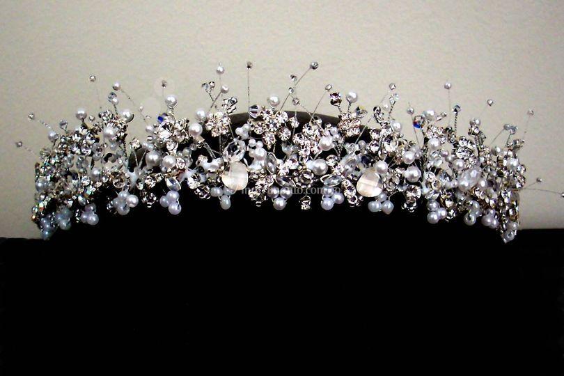 Corona en delicados cristales