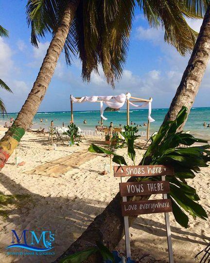 Altar en playa