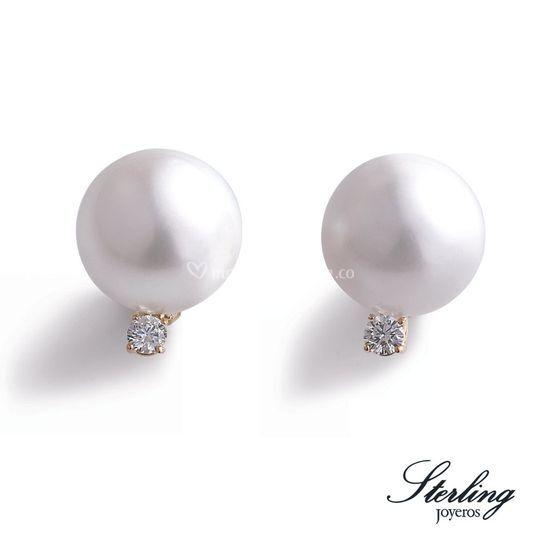 Topos de perla con diamantes