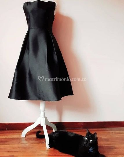 Vestido gato negro