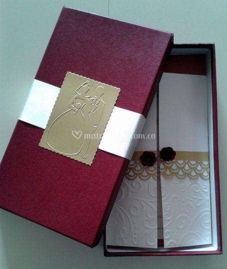 Caja tarjeta - REF001