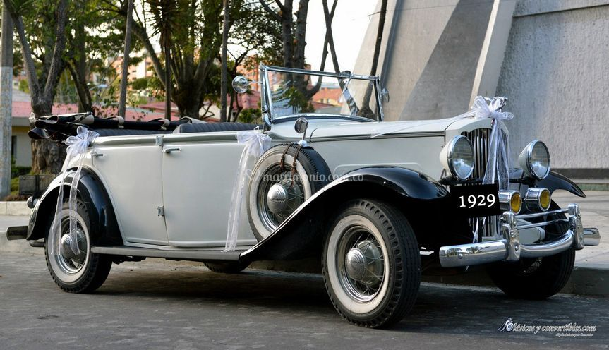 Chrysler 1929 convertible