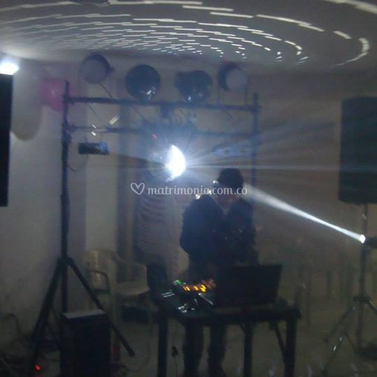 Mega Movil Mini TK DJ