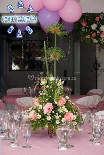 En rosa y lila