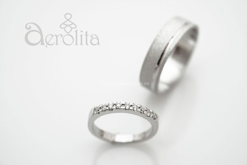 Oro blanco 18K y diamantes