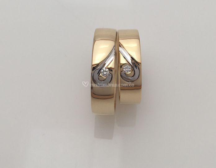 Oro am 18K y Bl 18K y diamante