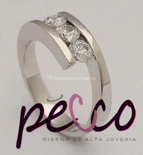 Argolla anillo 3 diamantes