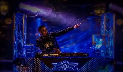 Stik DJ Group 1