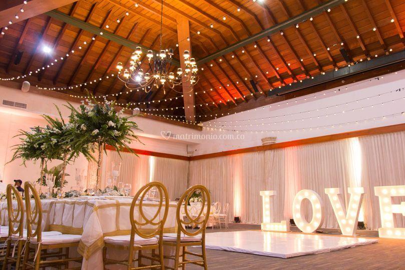Escenario de boda recepción