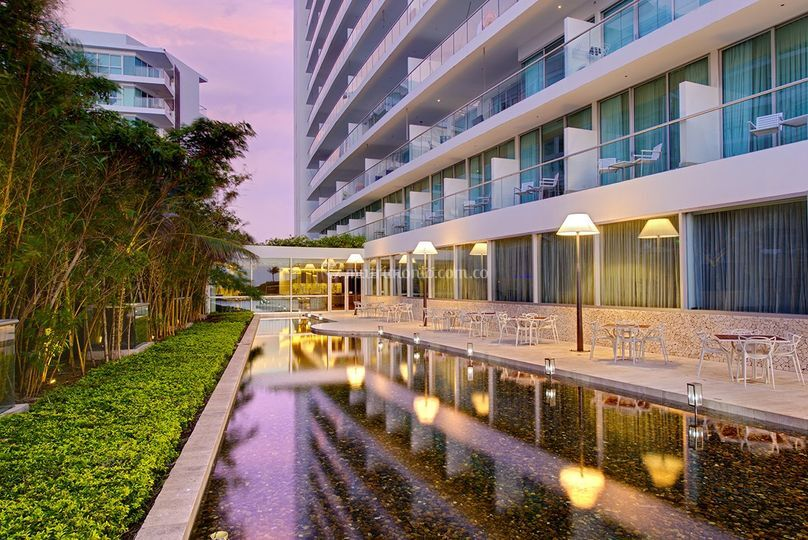 Espejo de agua de Hotel Holiday Inn Cartagena Morros