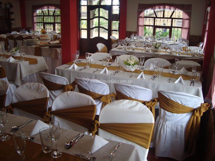 Restaurante patio bonito for Patio bonito