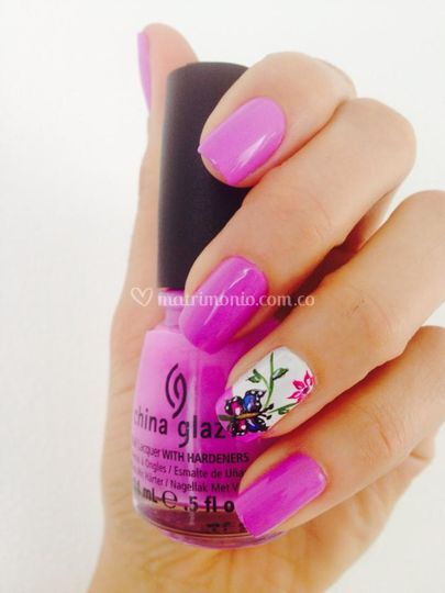 Diseño de uñas Urban Nails