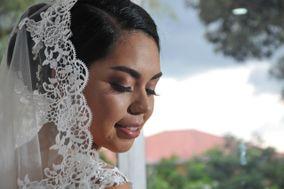 Alejandra Hernández Makeup Artist