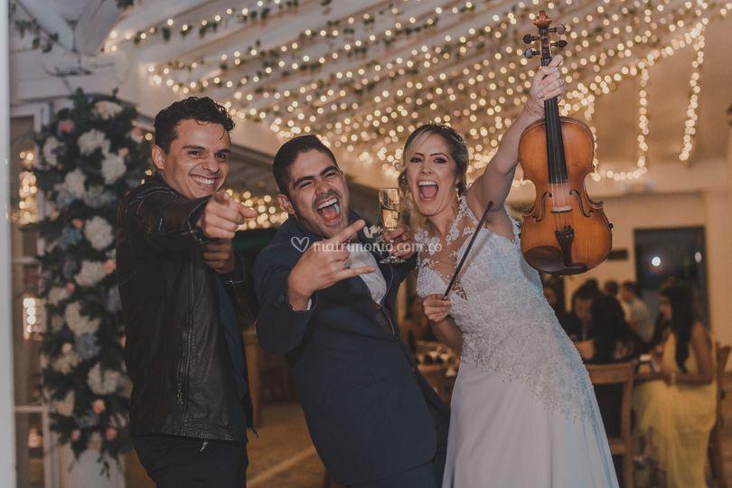 Junto a la novia