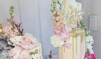 Luxur Cakes