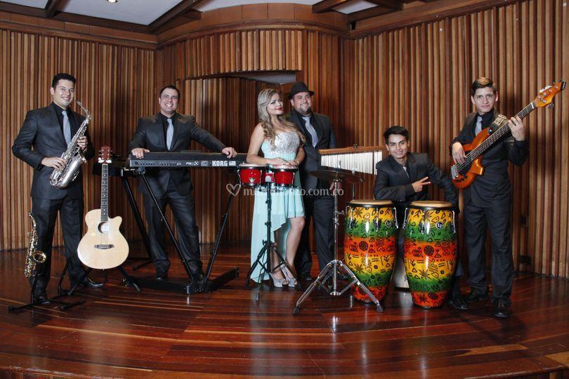Latin Band de Leonardo Pilonieta
