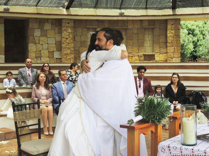 Abrazo al padre
