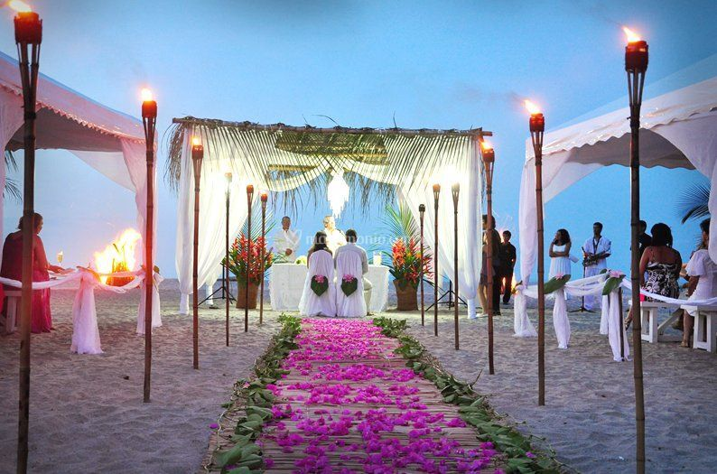 Matrimonio Simbolico Colombia : Bodas en la playa colombia