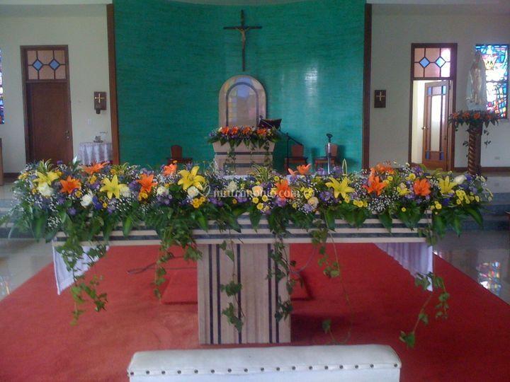 Mesa sacerdote color