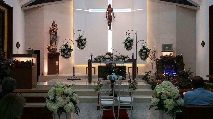 Flotantes altar