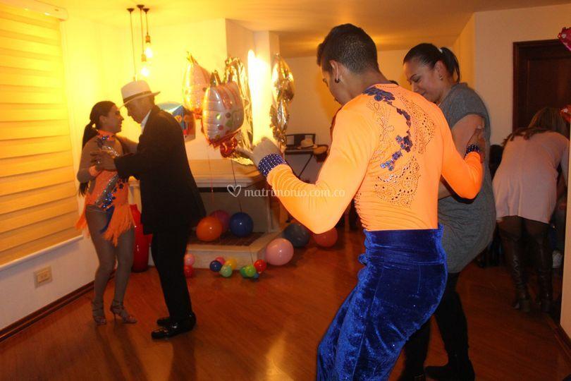Bailando con Invitados