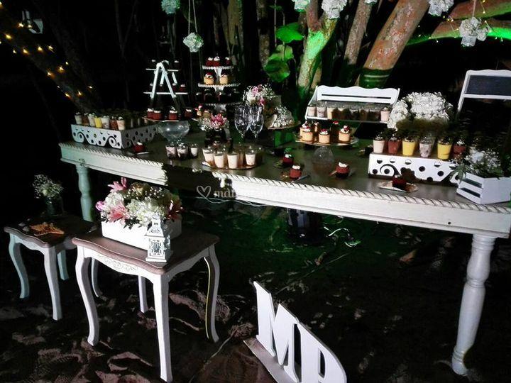 Mesa vintage palomino